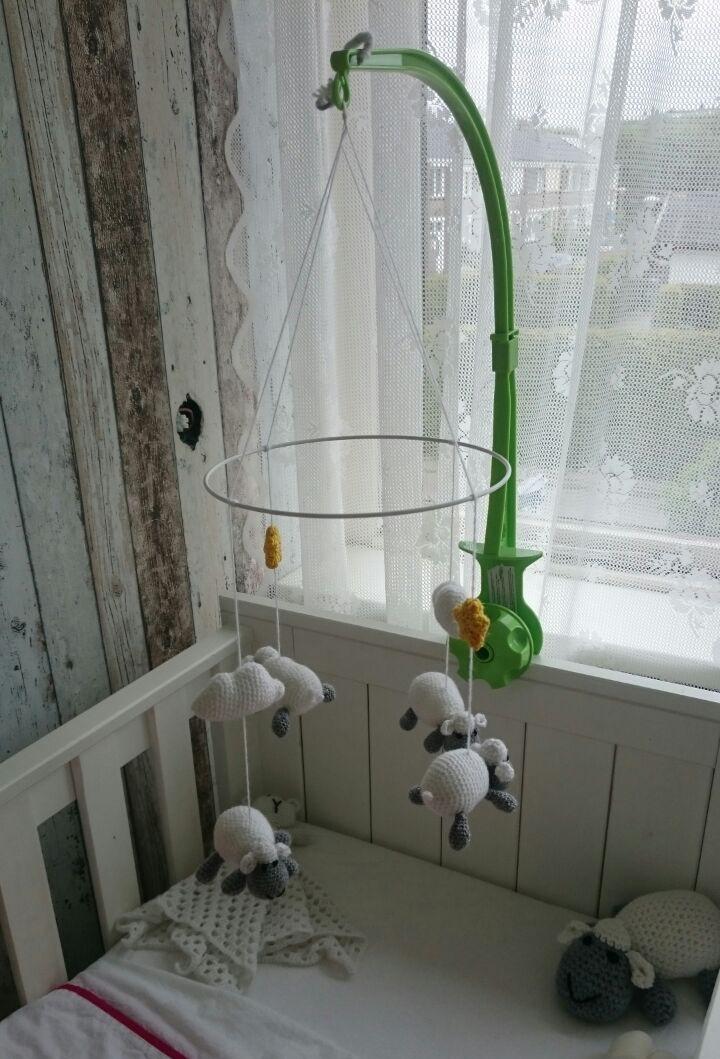 Schaapjes mobile haken voor baby's