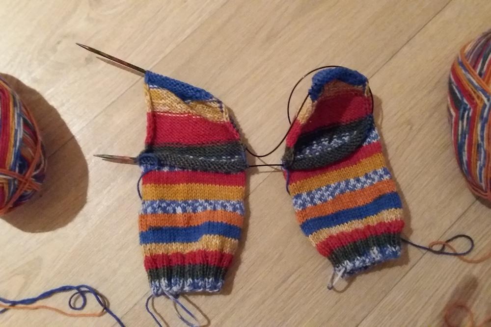 Twee sokken tegelijk